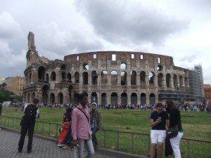 le Colisée depuis le forum